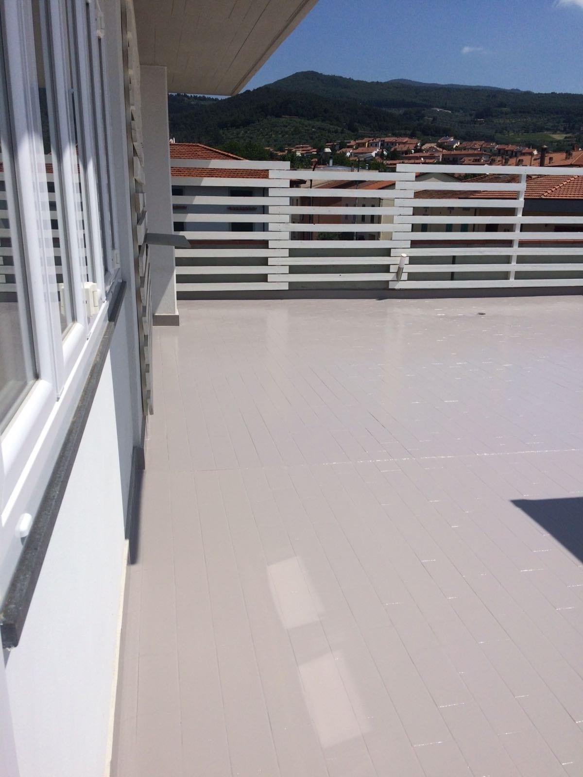 Pavimenti In Resina Per Terrazzi. Free I Pavimenti Per Esterni ...