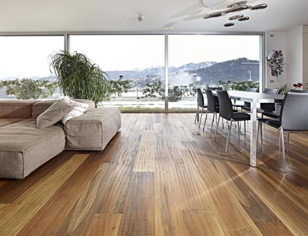 Le fasi di lavorazione di un pavimento in legno – Fiemme 3000